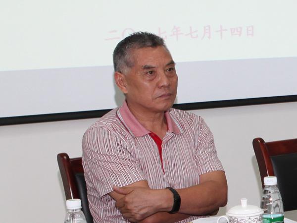 安徽省必威登录网址协会秘书长余世班现场宣布票选结果