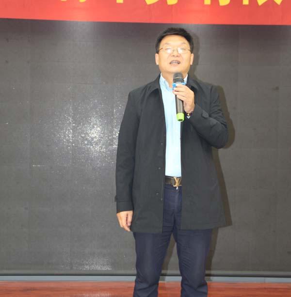 安徽国瑞安全印务有限公司总经理、皖瑞印务股东之一李长福担任开业庆典主持人